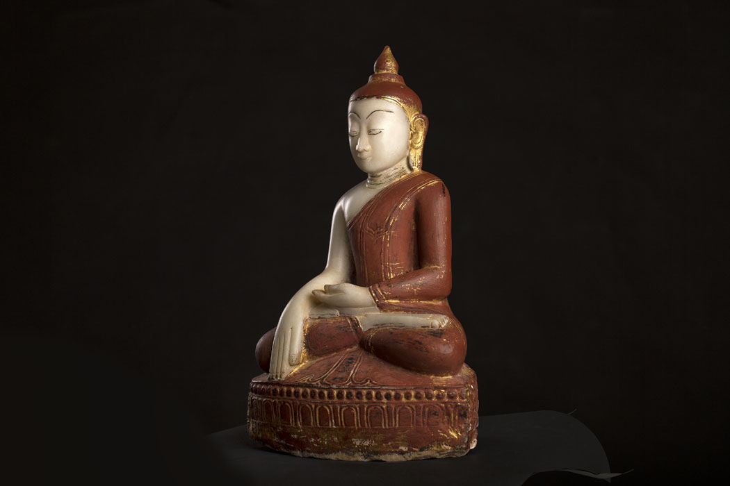 KT 15  Antique Buddha Statue for sale at www.zenantique.com and www.unikantik.dk   Alabaster Shan buddha 18.th century