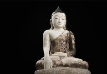 Antique Alabaster Buddha DA15. PRICE: 3.950 Euro